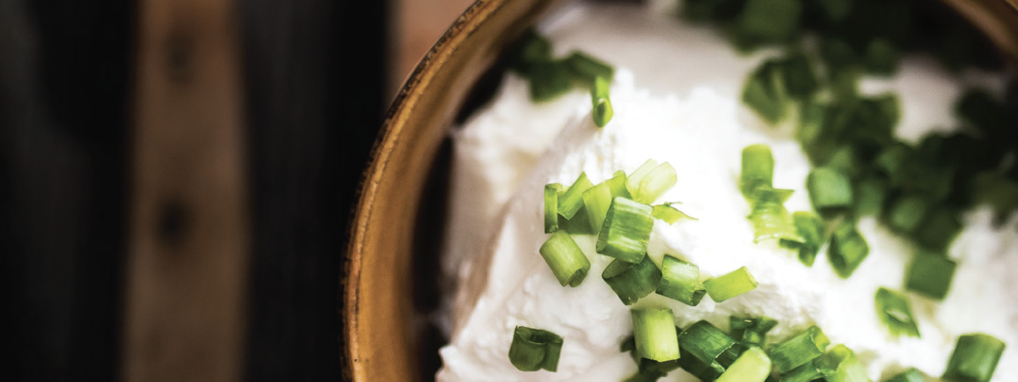 Cannabis-Infused Whipped Ricotta Dip with Toasted Baguette